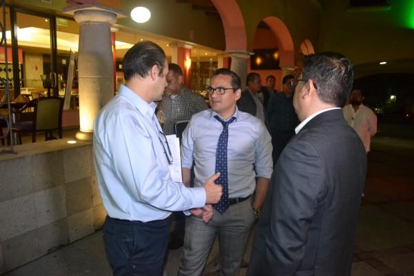 Fiscal, funcionarios federales y de Veracruz, se reúnen por primera vez