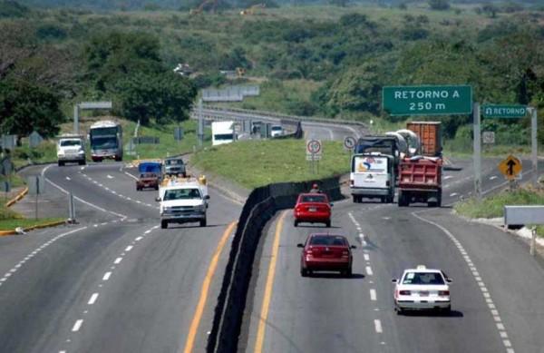 Exige Canacar poner orden en carreteras por tragedias