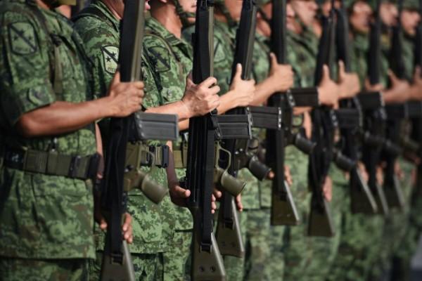 Detenida, reubicación de edificios militares en Tuxpan