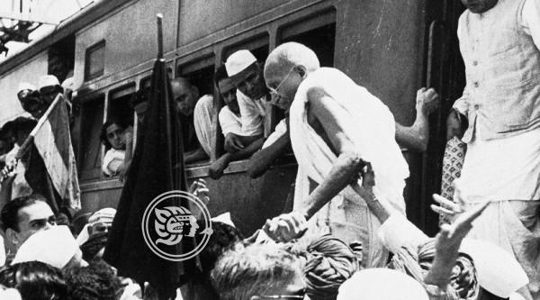 Día Internacional de la No Violencia, en homenaje a Mahatma Ghandi