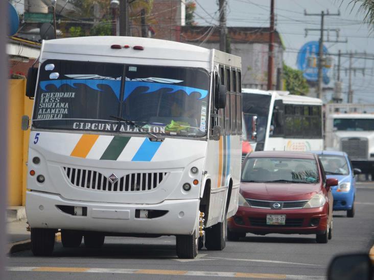 Aumento al pasaje no es la solución, afirman transportistas